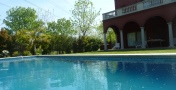 Beautiful House w/ BBQ and Pool in a private neighborhood in Tigre!- Nordelta City